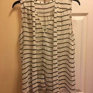 Tops - Sheer sleeveless shirt with olive green stripes